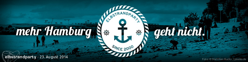 "Bannermotiv ""Elbstrandparty"": Rundes Ankeremblem ""Elbstrandparty since 2000"" vor blau eingefärbtem Elbstrandfoto"